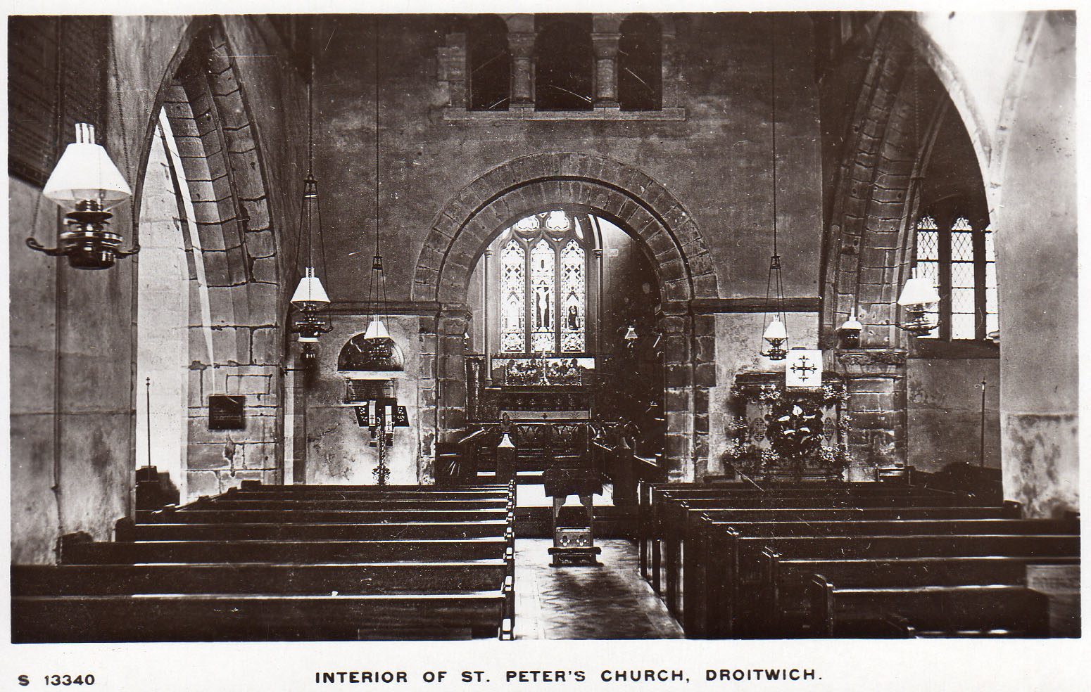 Droitwich_st_peter_interior
