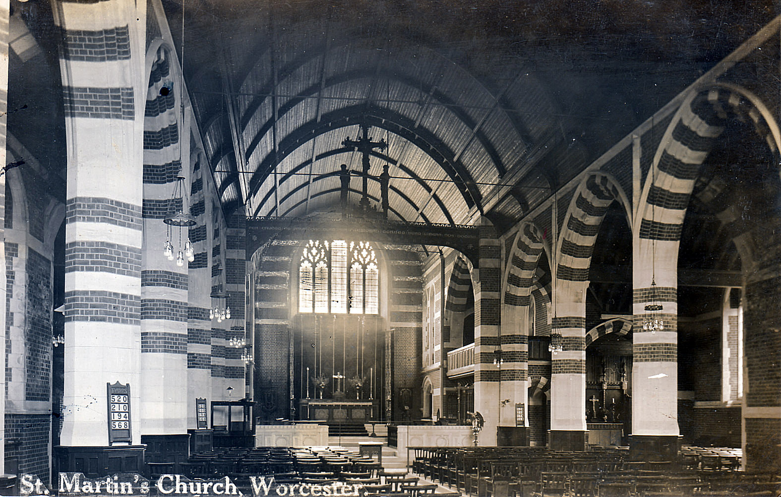 St_Martin_London_Road_interior